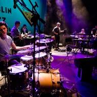 Electro - Acoustic Beat Sessions feat. Mika Urbaniak / 7 Lublin Jazz Festiwal / 25.04.2015 / fot. Robert Pranagal - zdjęcie 8/17