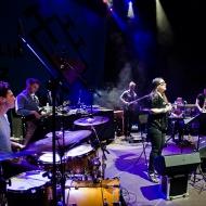 Electro - Acoustic Beat Sessions feat. Mika Urbaniak / 7 Lublin Jazz Festiwal / 25.04.2015 / fot. Robert Pranagal - zdjęcie 10/17