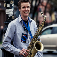 """Jazz w mieście / Derek Brown """"BEATbox SAX"""" / 19.04.2016 / Kap Kap Cafe, fot. Wojtek Kornet - zdjęcie 3/14"""