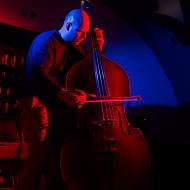 Jazz w mieście / Ksawery Wójciński / 20.04.2016 / Manifest Wino, fot. Wojtek Kornet - zdjęcie 10/13