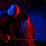 Jazz w mieście / Ksawery Wójciński / 20.04.2016 / Manifest Wino, fot. Wojtek Kornet - zdjęcie 11/13