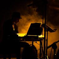 Mateusz Gawęda Trio / Wirydarz Centrum Kultury / 30.07.20174r. / zdj. Adrianna Klimek - zdjęcie 1/13