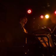 Mateusz Gawęda Trio / Wirydarz Centrum Kultury / 30.07.20174r. / zdj. Adrianna Klimek - zdjęcie 5/13