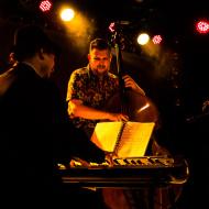 Mateusz Gawęda Trio / Wirydarz Centrum Kultury / 30.07.20174r. / zdj. Adrianna Klimek - zdjęcie 6/13